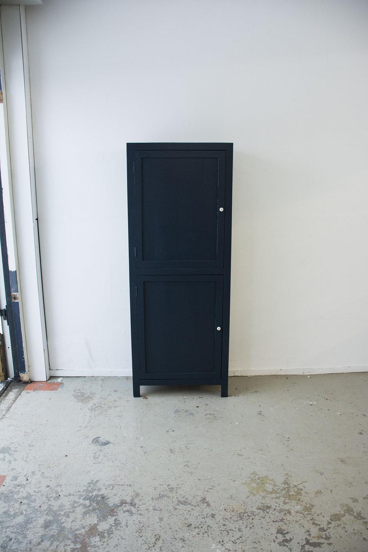 Nachtblauwe kast 2 deuren boven elkaar - Firma Zoethout_7.jpg