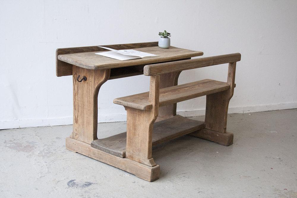 Klein houten schoolbankje - Firmazoethout.jpg