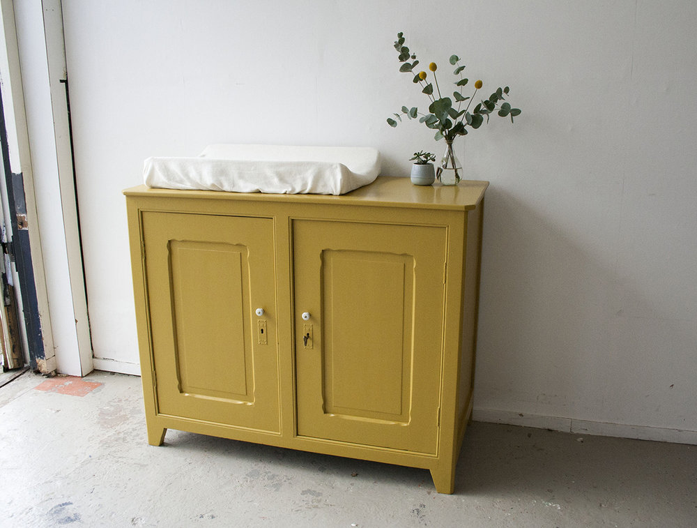 Okergele commode - Firmazoethout_1.jpg
