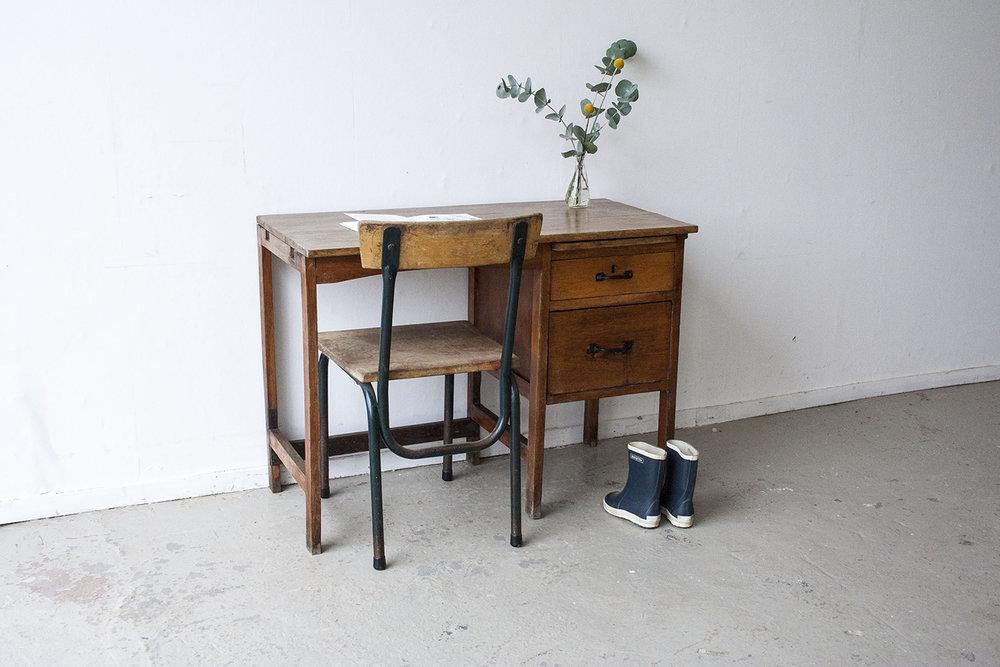 Houten vintage bureautje - Firmazoethout.jpg