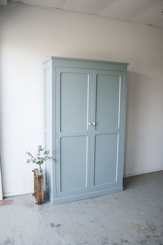grijsblauwe grote kledingkast !- Firma zoethout_1.jpg