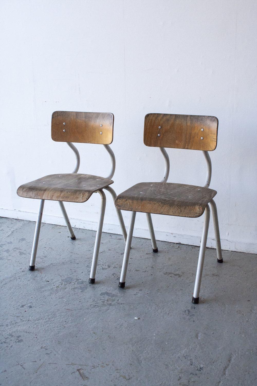2 x Witte houten stoeltes - Firma zoethout_2.jpg
