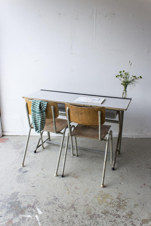 Vintage schooltafel met formica blad -  Firma zoethout.jpg