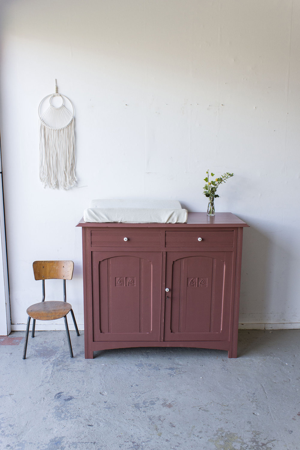 Karmozijn vintage commode -  Firma zoethout.jpg