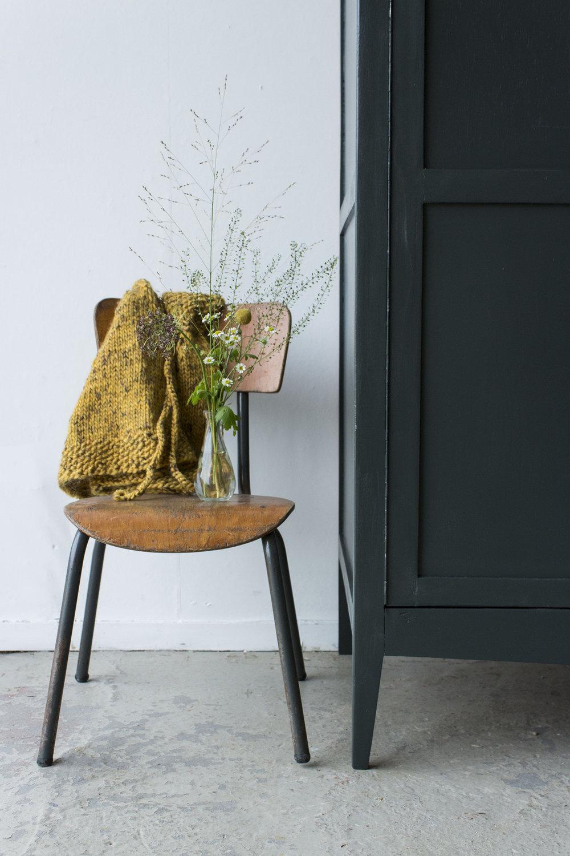Woudgroen vintage kledingkastje -  Firma zoethout_3.jpg