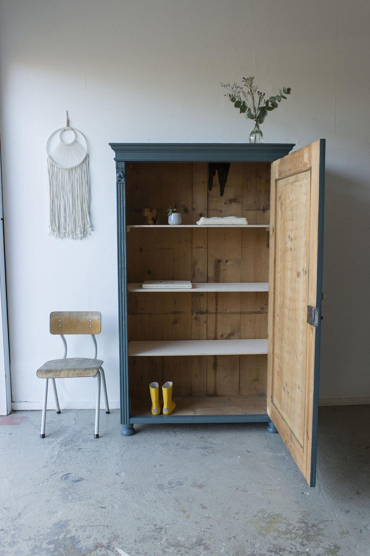 Sierlijke vintage kledingkast in Klif -  Firma zoethout_3.jpg