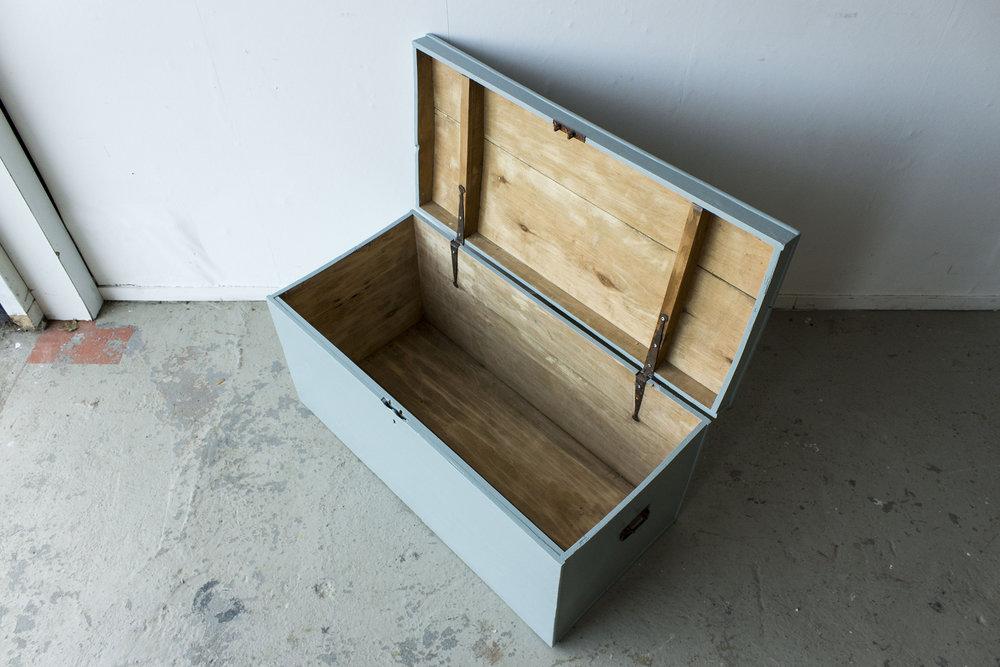 5035 - Kustblauwe vintage kist -  Firma zoethout_3.jpg