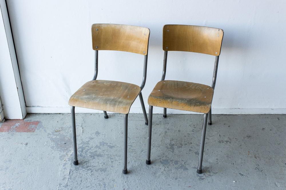 3163 - vintgate schooltafel met kleppen - Firma zoethout_5.jpg