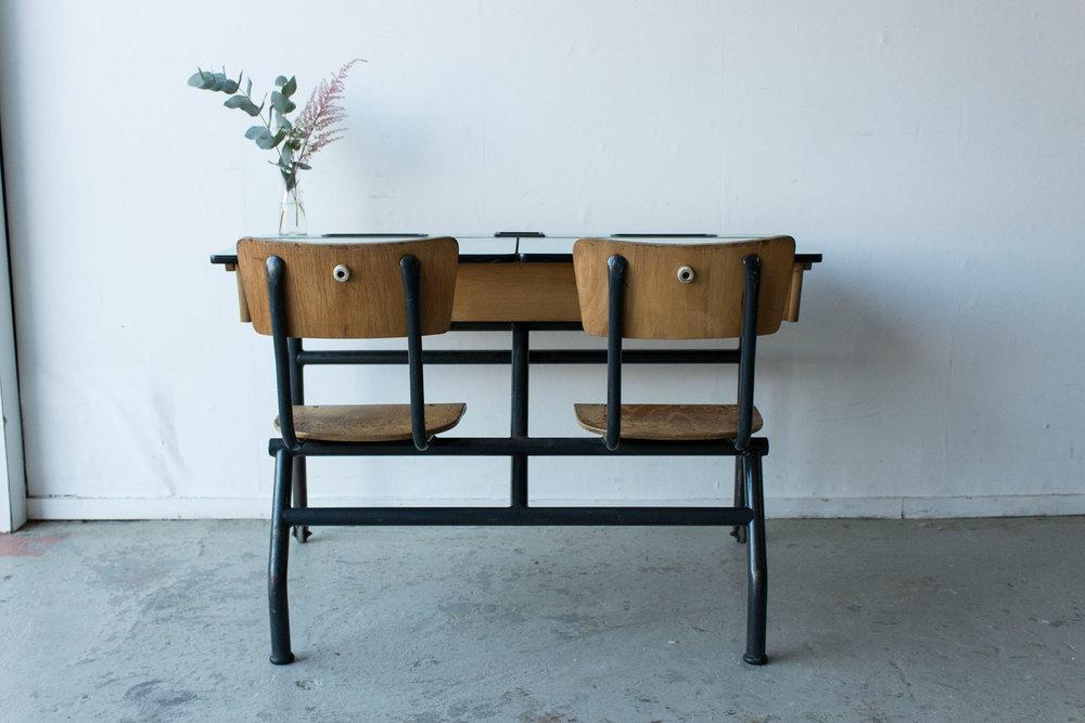 3165---vintage-schoolbank-met-formica-blad---Firma-zoethout_1.jpg