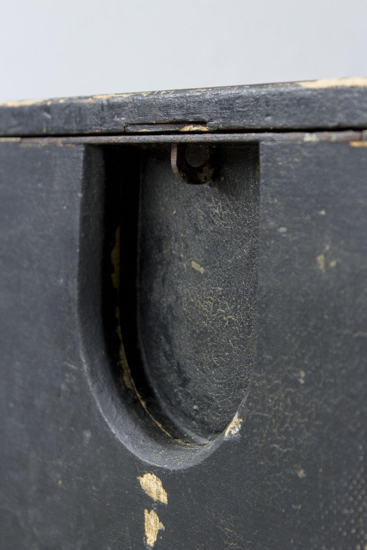 5040 - -Zwarte vintage speelgoedkist - Firma zoethout_4.jpg
