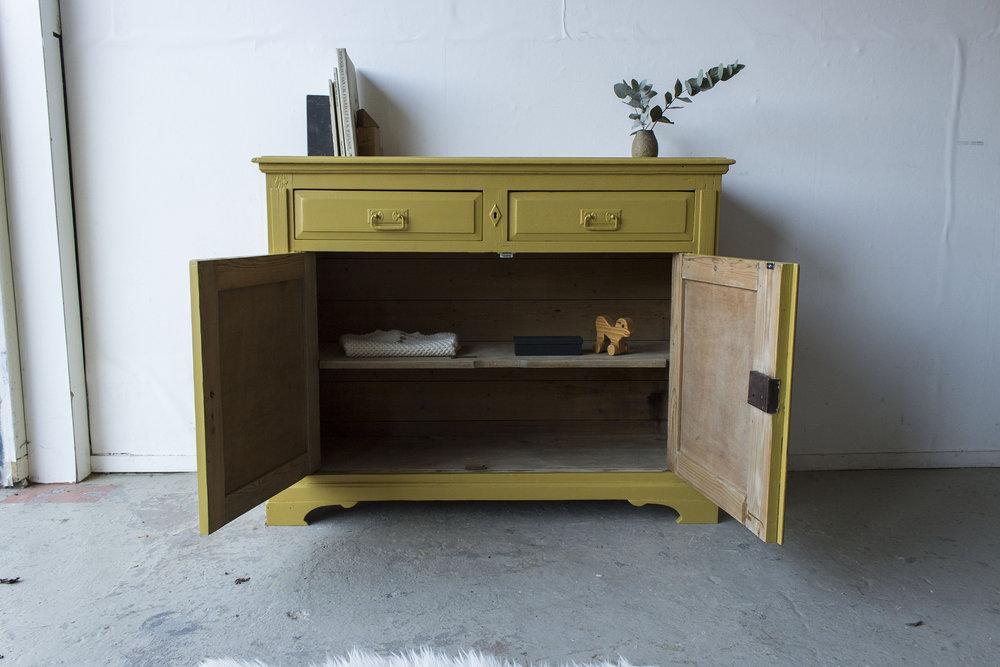 2163 - Okergeel vintage kastje - Firma zoethout_2.jpg