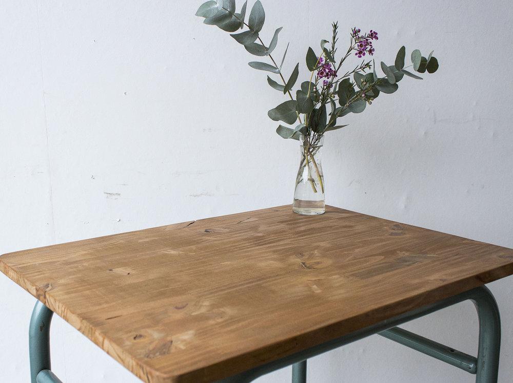 3176 - 1p vintage schooltafel met groen frame - Firma zoethout_2.jpg