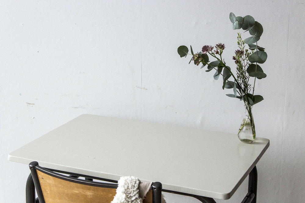 3175 - 2p schooltafel met linnen houten blad - Firma zoethout_2.jpg
