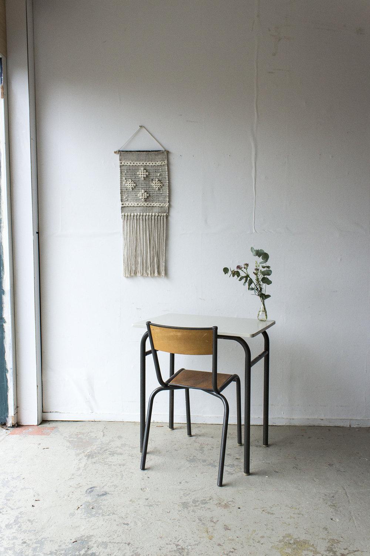 3175 - 2p schooltafel met linnen houten blad - Firma zoethout.jpg