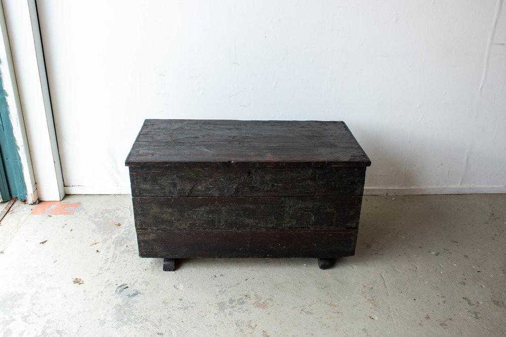 5047 - zwarte vintage kist-6.jpg