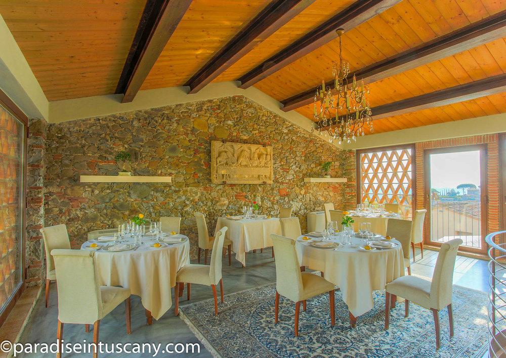 15-Restaurant01-2.JPG