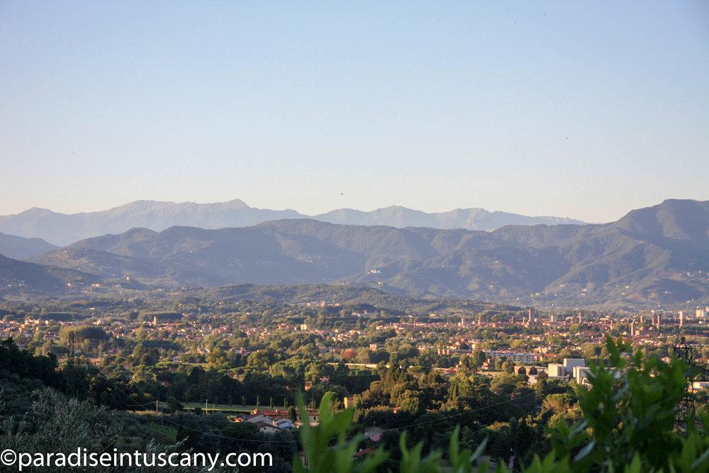 Villa del Cardinale: View over Lucca