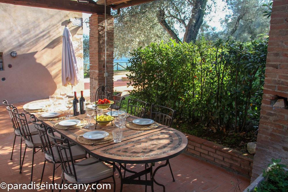 Villa del Cardinale: The patio for al-fresco dining