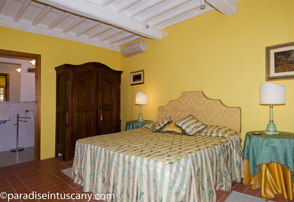 Villa del Cardinale: The bedroom in the guest house