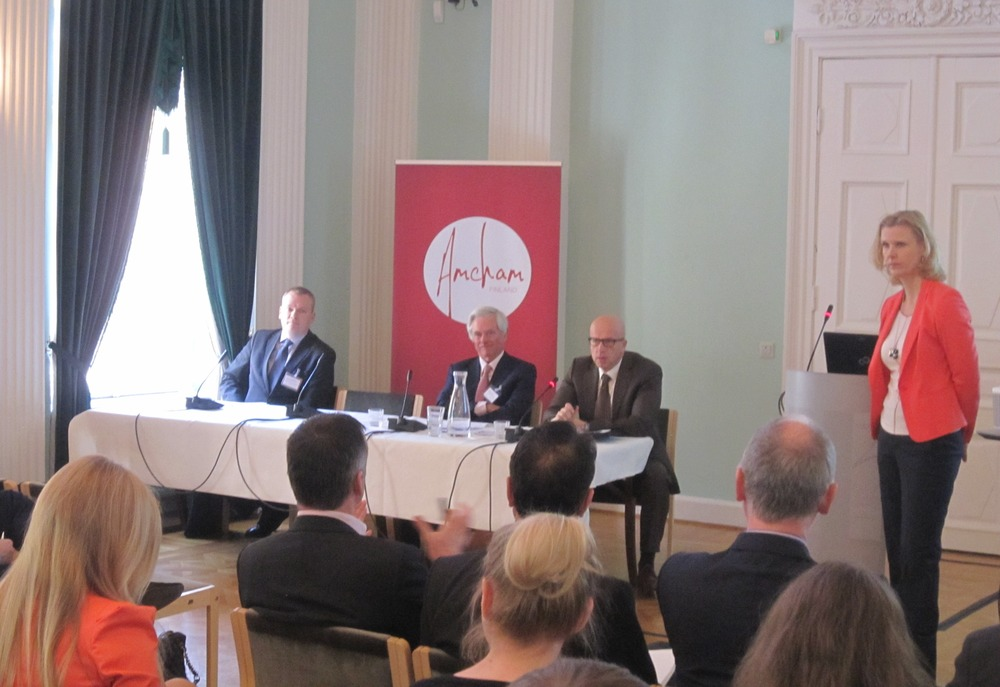 From left: Olli-Pekka Hilmola, James Pond, Pavel Telička, Kristiina Helenius (photo City of Helsinki)