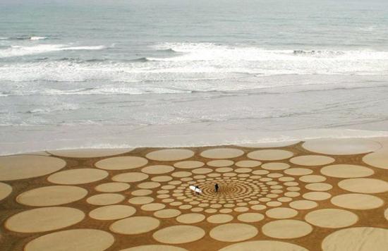 andres-amador-beach3.jpg