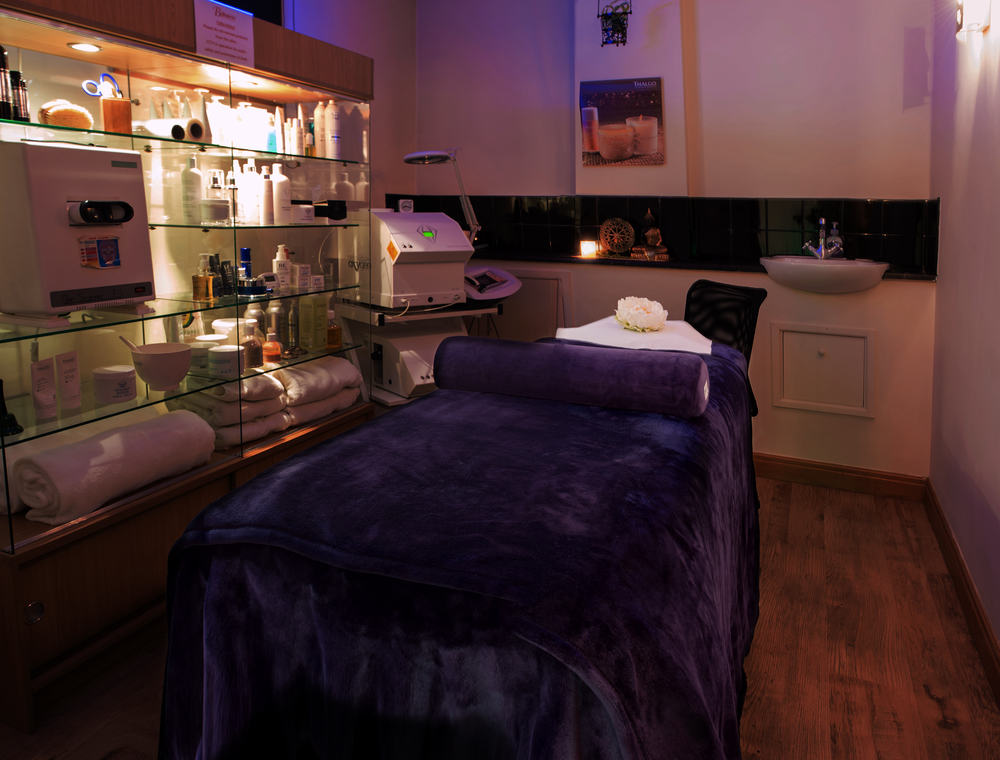Treatment-Room-2-dark.jpg