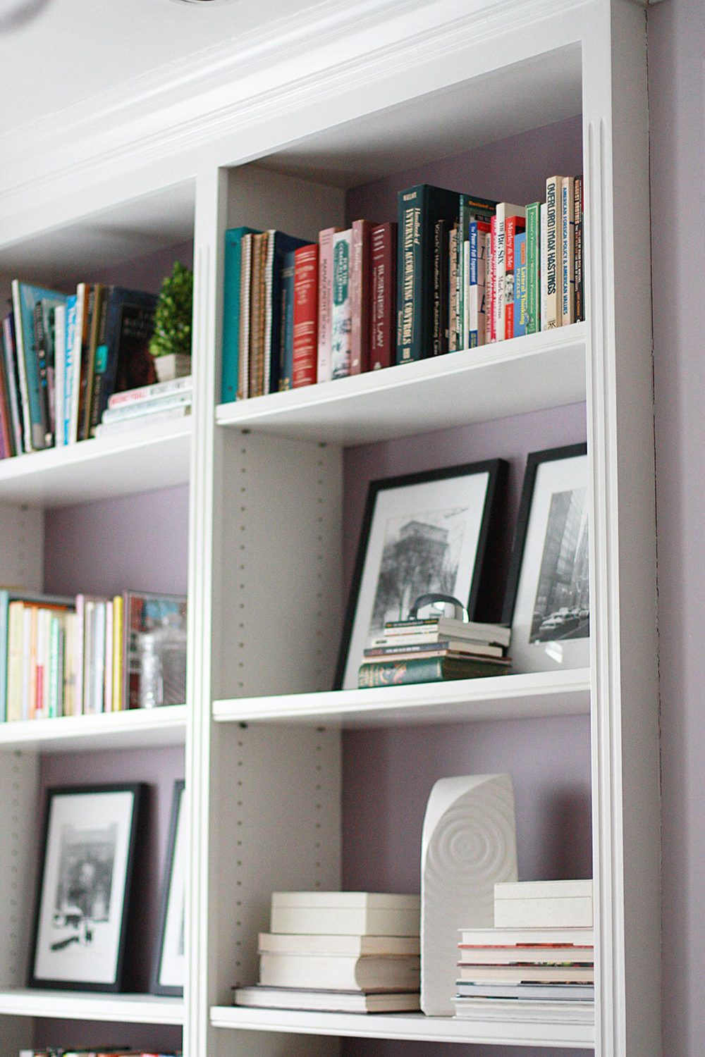 Alexis Givens Interiors Reading List: The Life Changing Magic of Tidying Up | deardesigndiary.com