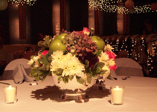 Centerpiece with apples and hydrangeas