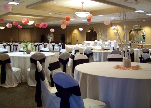wedding reception with mitsumata trees and low garden centerpieces