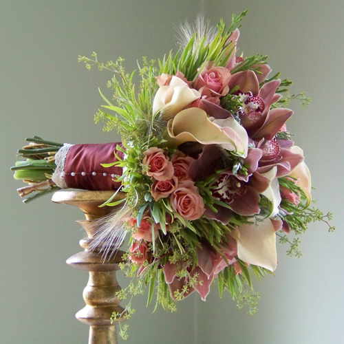 bouquet with rust stem wrap