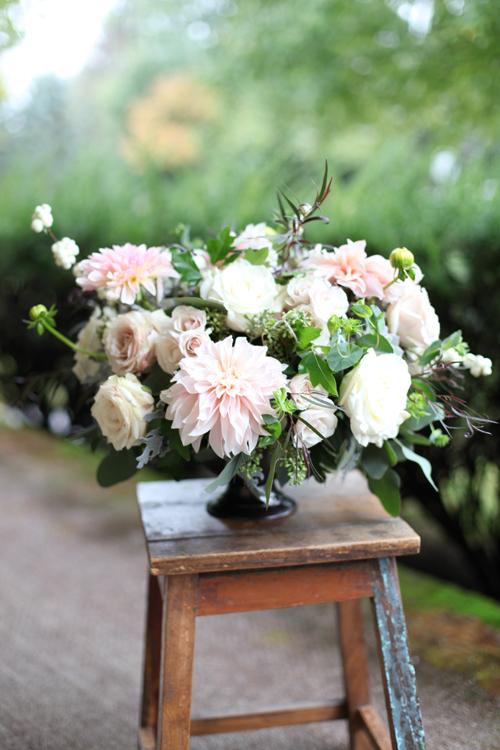 floral verde llc kelly and brad s wedding ivy hills country club cincinnati oh. Black Bedroom Furniture Sets. Home Design Ideas