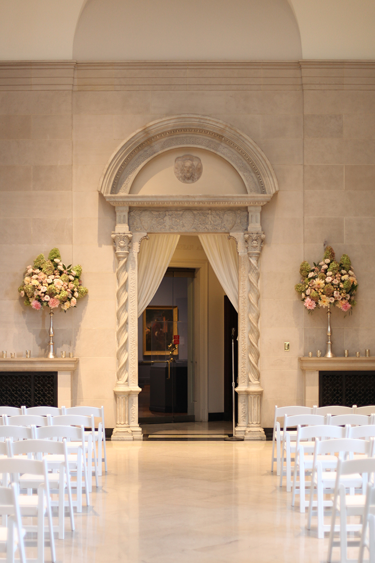 Wedding ceremony at The Dayton Art Institute. Flowers by Floral Verde.