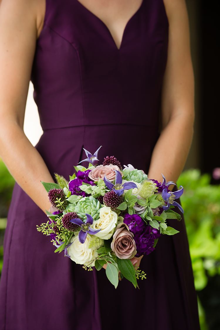 Bridesmaid bouquet for wedding at Pinecroft Mansion, Cincinnati, Ohio. Flowers by Floral Verde LLC. Photo by Mandy Leigh Photography.