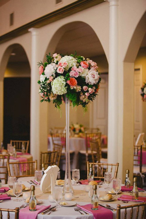Tall blush centerpiece at Norlyn Manor, by Cincinnati wedding florist Floral Verde.