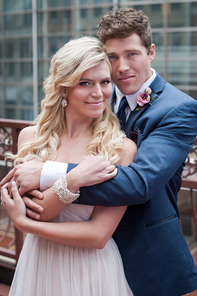 Wedding-at-the-backstage-event-center-Cincinnati-Ben-Elsass-Photography-Floral-Verde.66.jpg