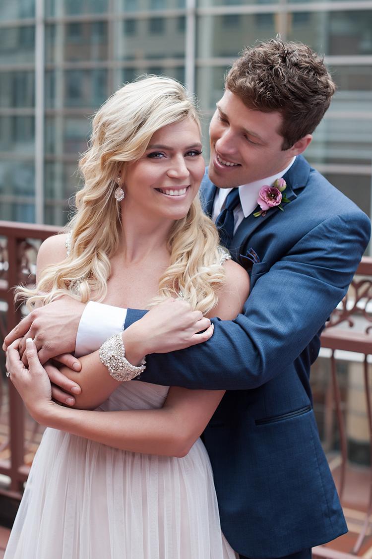 Wedding-at-the-backstage-event-center-Cincinnati-Ben-Elsass-Photography-Floral-Verde.68.jpg
