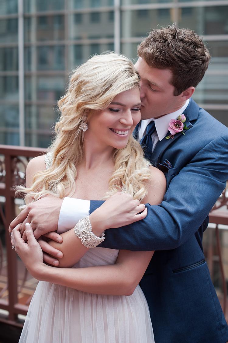 Wedding-at-the-backstage-event-center-Cincinnati-Ben-Elsass-Photography-Floral-Verde.70.jpg