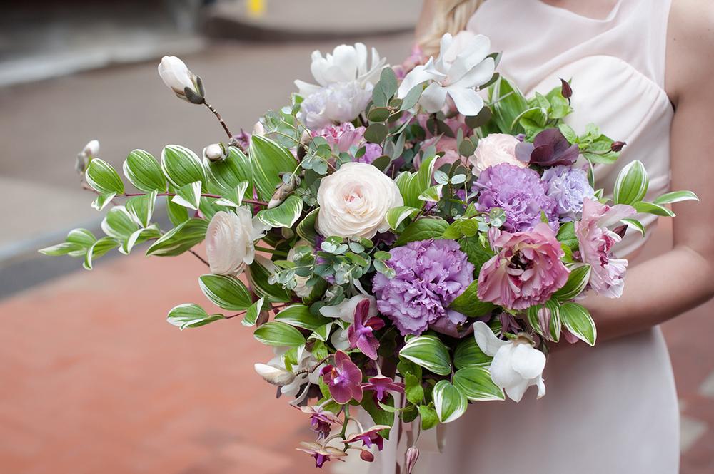 Wedding-at-the-backstage-event-center-Cincinnati-Ben-Elsass-Photography-Floral-Verde.124.jpg