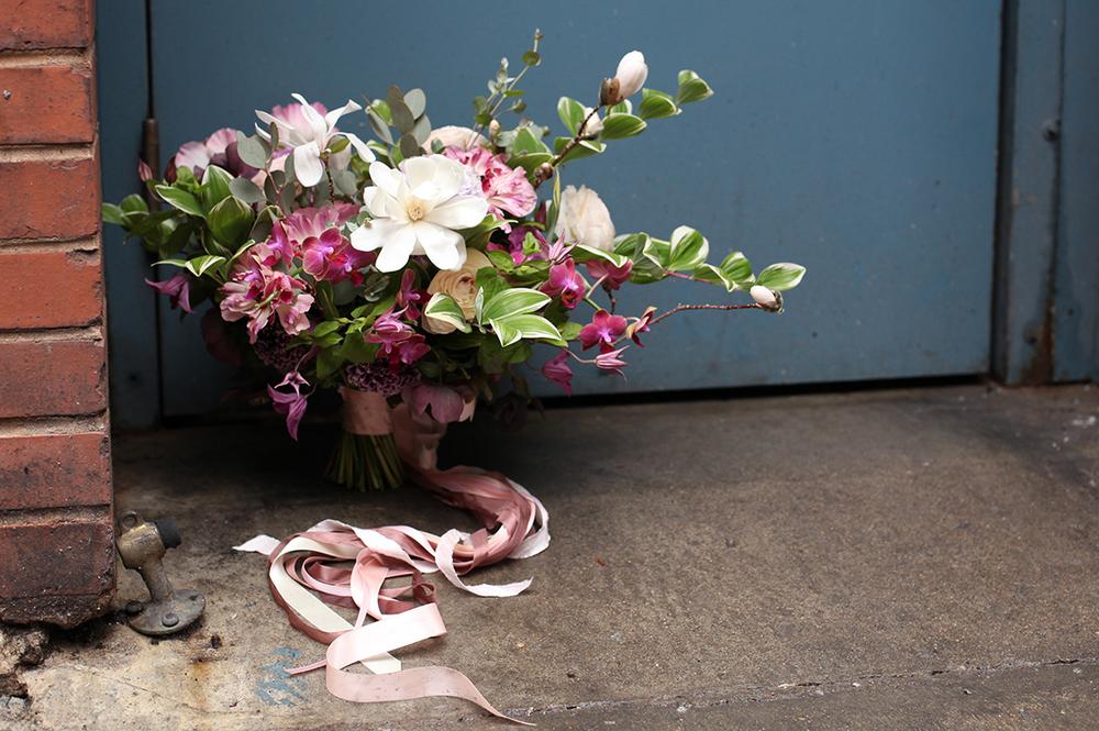 Wedding-at-the-backstage-event-center-Cincinnati-Floral-Verde.9405.jpg