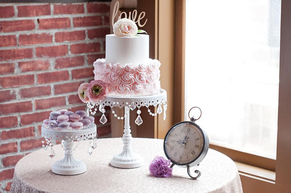 Wedding-at-the-backstage-event-center-Cincinnati-Ben-Elsass-Photography-Floral-Verde.212.jpg