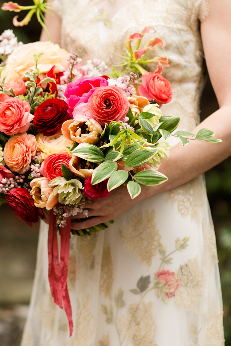 Photo by Leah Barry Photography, flowers by Floral Verde LLC Cincinnati, Ohio.