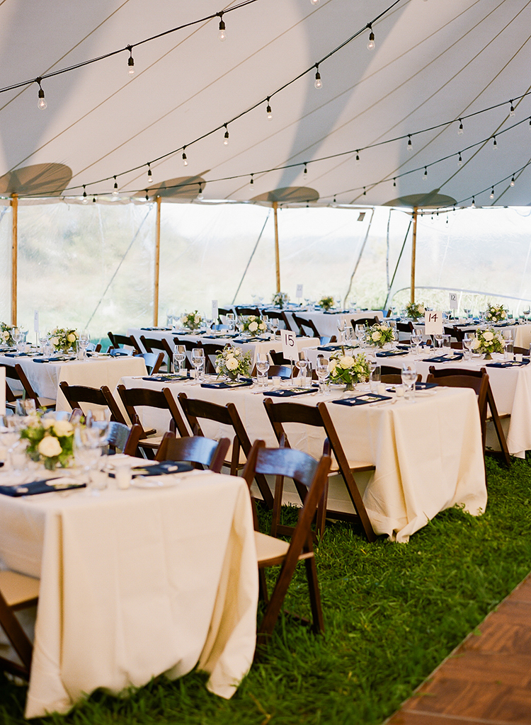 Wedding Reception at a Private Farm in Hillsboro, Ohio. Flowers by Floral Verde. Photo by Lane Baldwin Photography.