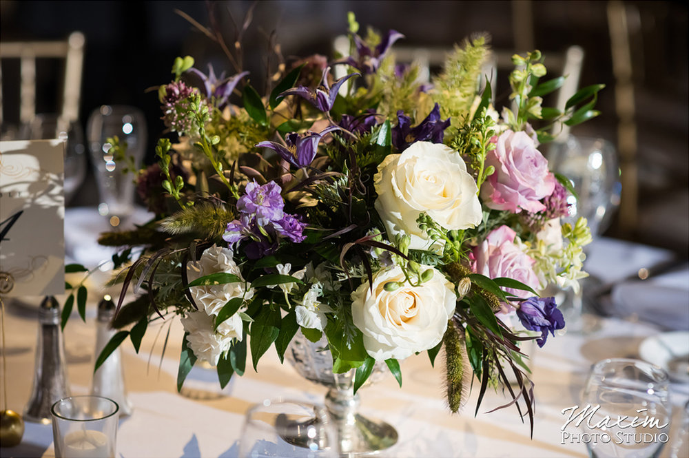 Wedding Reception at the Cincinnati Art Museum. Flowers by Floral Verde. Photo by Maxim Photo Studio.