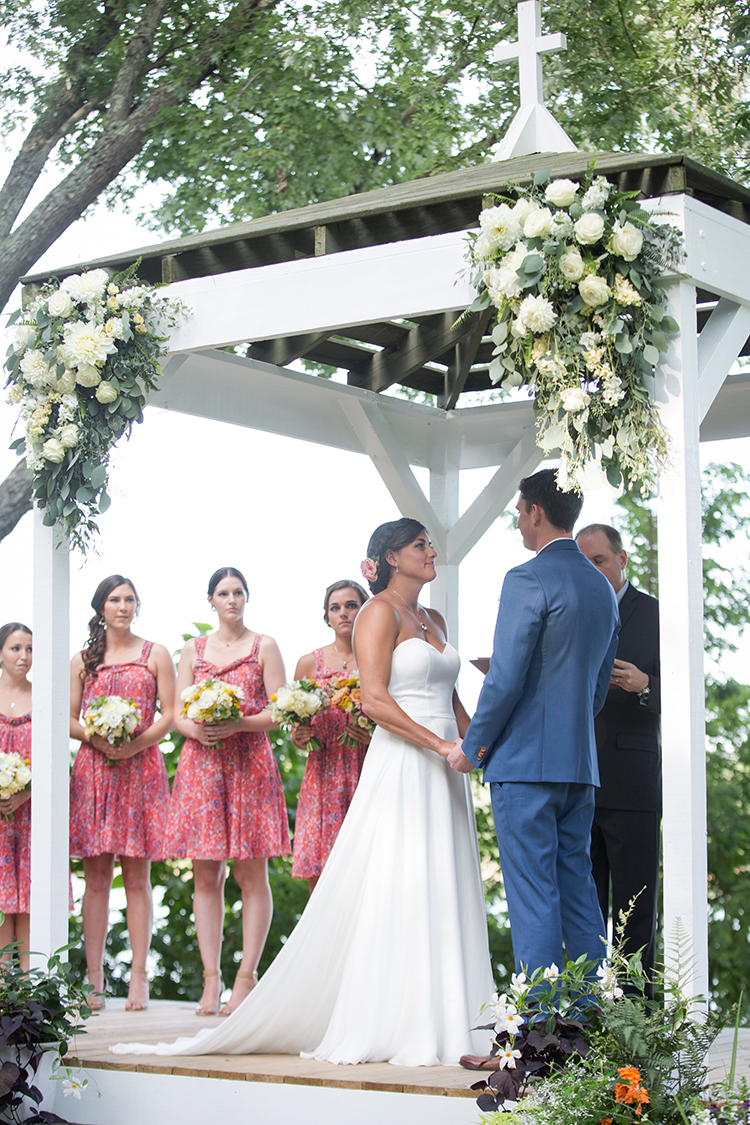 Wedding ceremony under the gazebo at The Inn at Oneonta. Image by Ben Elsass Photography. Flowers by Floral Verde.