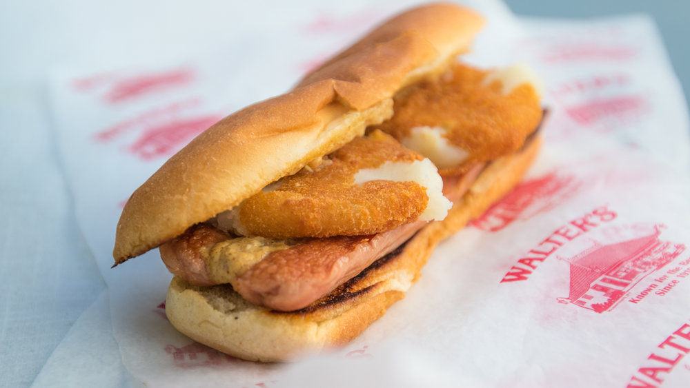 walters hot dogs-puffy dog-0039.jpg