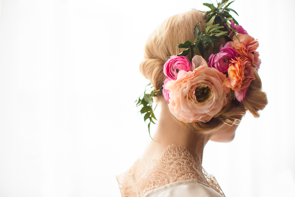 floral hairpiece Stacy K Floral | Natalie Sinisgalli Photography boudoir shoot