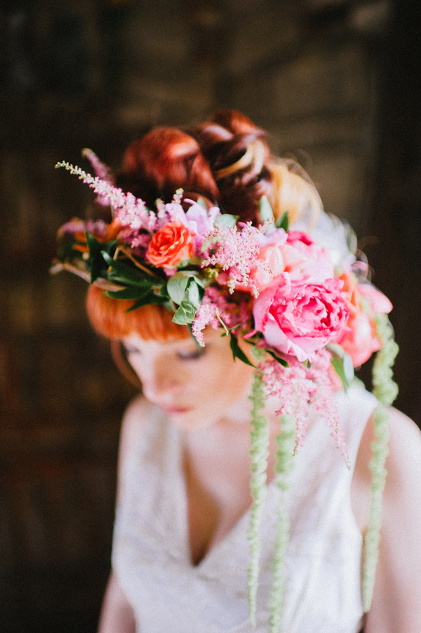 Mt. Lebanon Floral and Veronica Varos Photography floral hairpiece