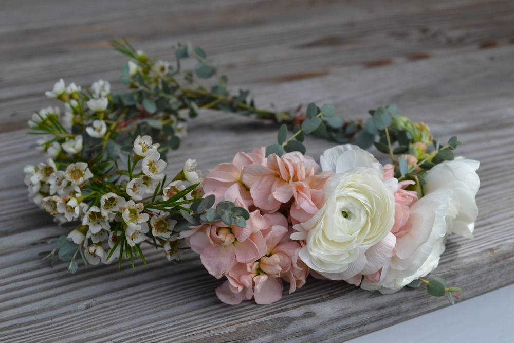 Flourish Floral Artistry & Design      Image courtesy of  Leah Adkins Photography
