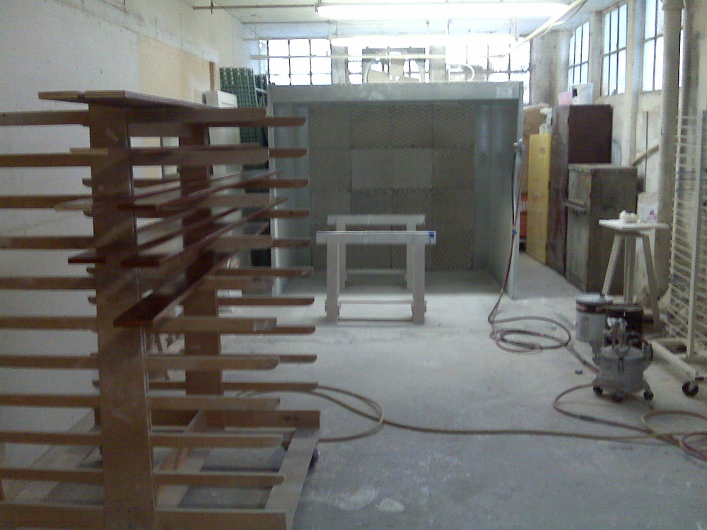 spray booth2.jpg