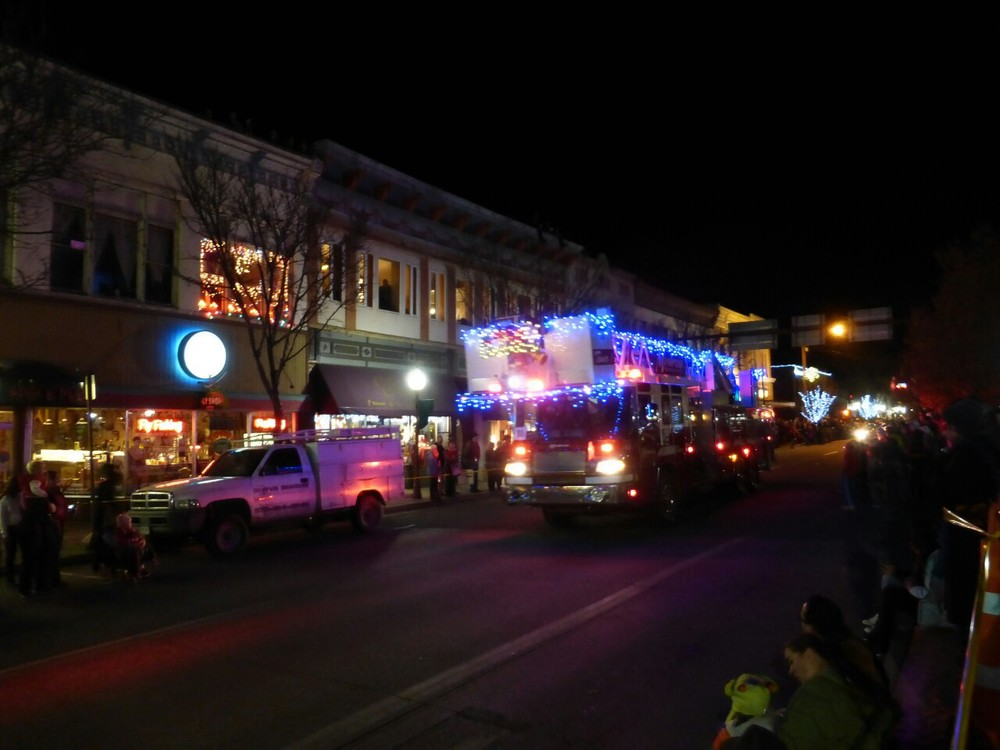 With all emergency vehicles part-taking in the Montrose parade, a fire would result in some interesting rescues!